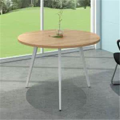 休�e桌椅