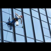 ★蚌埠保潔★:玻璃清潔要用不同的方式