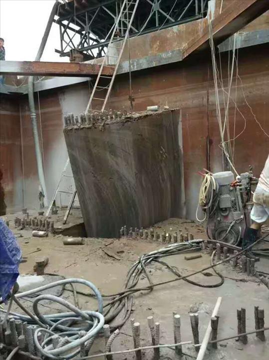 承接深圳混凝土切割/深圳支撑梁土切割/深圳各种钢筋混凝土切割