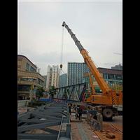 泸州吊车吊钢架