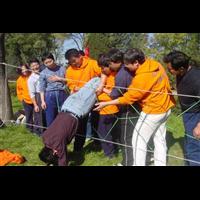 东莞拓展培训项目-穿越电网