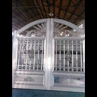 别墅庭院围墙大门河北衡水铸铝别墅大门庭院铸铝大门