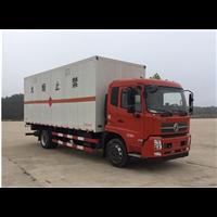 东风天锦6.6米易燃液体厢好式运输车