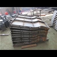 公路防撞墙钢模具 现浇防撞墙模板 设计
