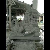 四川汉白玉狮子雕刻定做多少钱