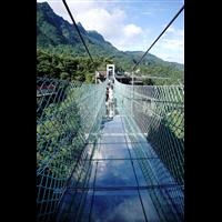 新疆哪里有玻璃吊桥公司