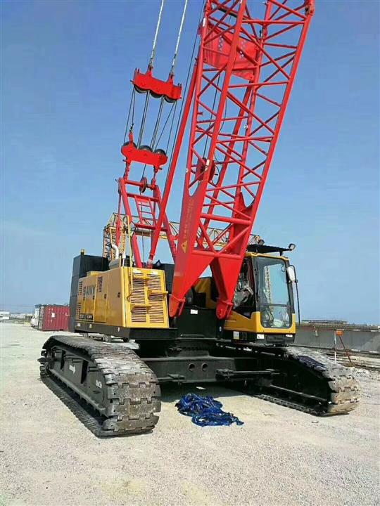 浙江温州苍南本地吊车公司出租80吨履带吊