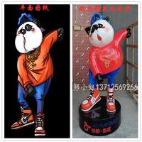 深圳树脂纤维厂家定制大型卡通摆件玻璃钢街拍形象IP雕塑