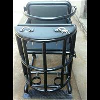 铁质审讯椅