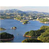 贵州旅游包车-红枫湖