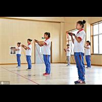 驻马店中考体育培训班之立定三级跳远动作要领