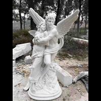 东西方人物雕塑