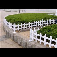 山東草坪護欄價格