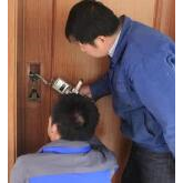 岳阳换锁解析普通锁换指纹锁需要注意什么?
