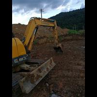 深圳挖掘机出租平整场地