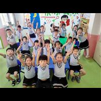 历城区小白鸽幼儿园毕业班