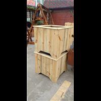 温州防腐木花箱厂家