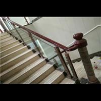 新疆实木楼梯安装