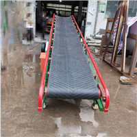 山东散料带式输送机矿用大倾角皮带输送机